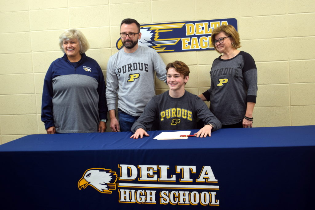 Signed!  Three DHS Athletes Sign NCAA Division 1 Scholarships